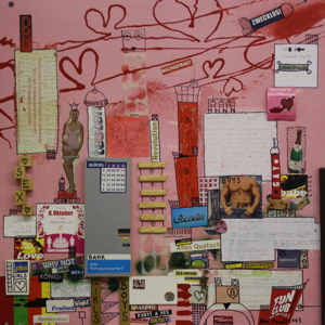 Ohne Titel, Lack, gefundene Zettel, Holz auf Hartfaser, 70 cm x 70 cm, Preis auf Anfrage